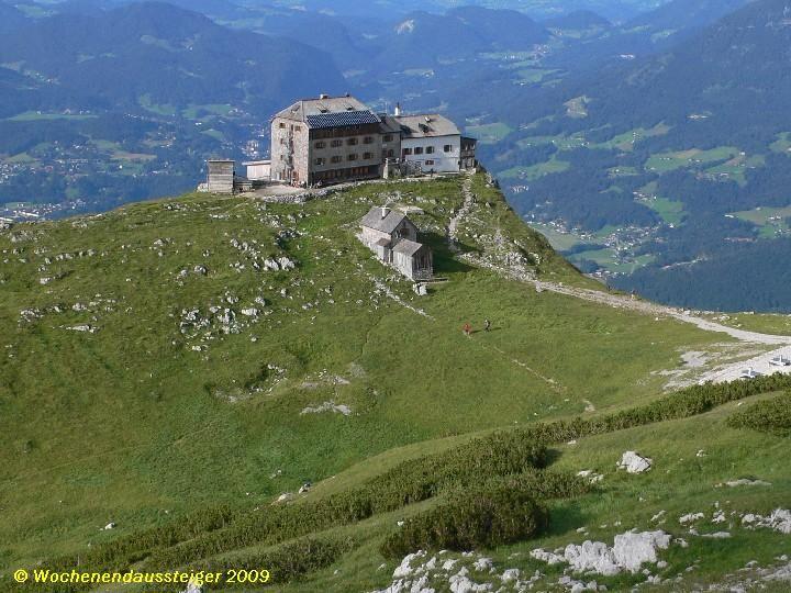Watzmannhaus gesehen beim Aufstieg zum Hocheck