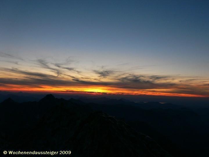 Sonnenuntergangsstimmung auf der Watzmann-Mittelspitze