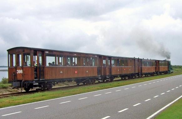 Narrow Gauge Railways in 1:22,5 and Full-Scale