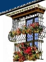 Blumenfenster in den weissen Dörfern in der Provinz Málaga Andalusien Spanien