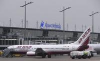 Flughafen Nürnberg - Bayern - Deutschland mit Flugzeug der Air Berlin