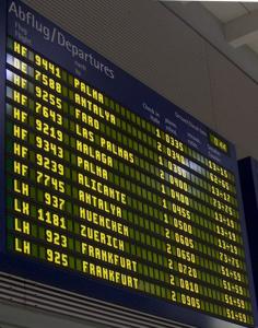 James Bond im Nürnberger Flughafen Airport in Bayern - Deutschland