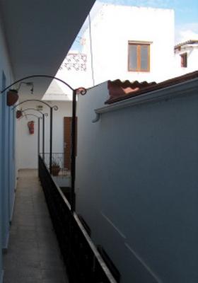 James Bond im Hostal Galan in Fuengirola in der Provinz Málaga an der Costa del Sol in Südspanien