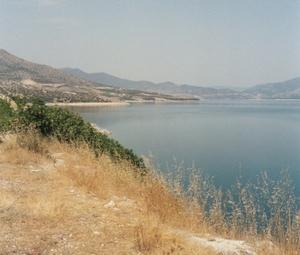 Die Bucht beim Hotel Assa Maris im Hintergrung der Berg Athos