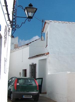 mit Fiat Punto im weissen Dorf Mijas Pueblo Andalusien Provinz Málaga Spanien
