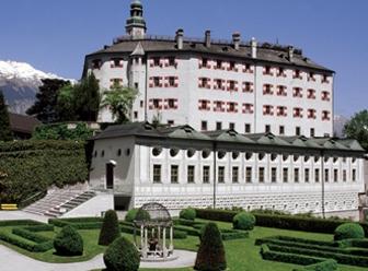 James Bond im Schloß Ambras in Innsbruck - Tirol/Österreich