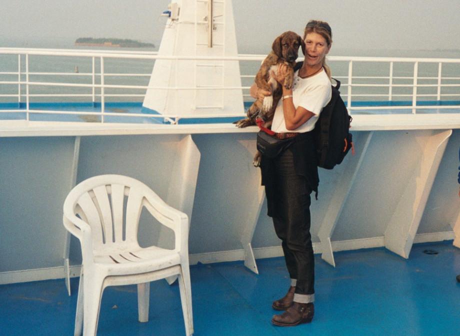 James und Ulli an Board der Ikarus Palace - james bond 007 mit hund auf reisen in griechenland italien österreich spanien