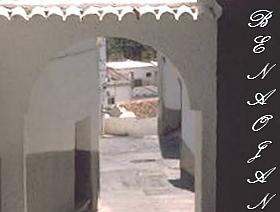 James Bond Hund - Das weisse Dorf - Benaoján - Provinz Málaga - Andalusien - Spanien