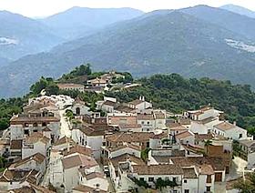 James Bond Hund - Das weisse Dorf - Benarrabá - Provinz Málaga - Andalusien - Spanien