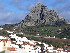 James Bond Hund - Das weisse Dorf - Montejaque - Provinz Málaga - Andalusien - Spanien