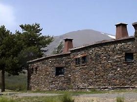 Refugio Postero Alto in der Sierra Nevada, Andalusien, Spanien