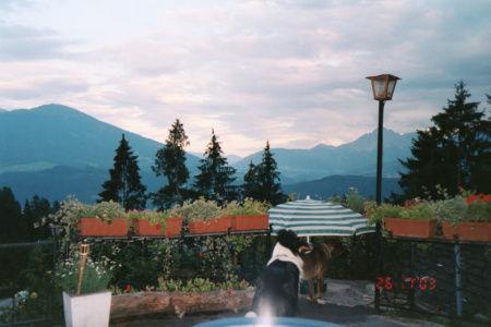 James Bond und die Berghütte in den tiroler Alpen - Österreich