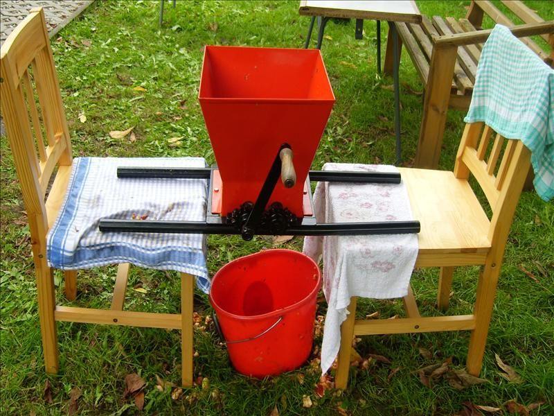 apfelschredder g nstige k che mit e ger ten. Black Bedroom Furniture Sets. Home Design Ideas