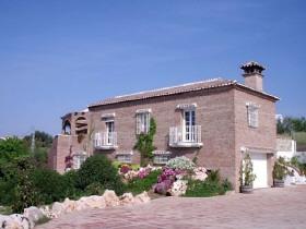 Villa Chalet Haus in Alhaurin de la Torre Costa del Sol Malaga Andalusien Spanien zu verkaufen