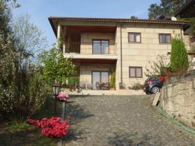 Landhaus Finca Villa Chalet im Nationalpark Geres Vieira do Minho Ave Braga Região Norte Portugal zu verkaufen