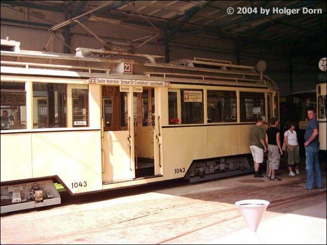 Niederflur-Mitteleinstiegstriebwagen Typ 29a