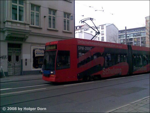 Niederflur-Gelenktriebwagen NGT8