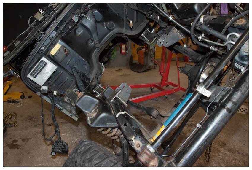 chaos-camper.com = Infos über Jeep Wrangler, Umbau V8 LT1, SOA ...