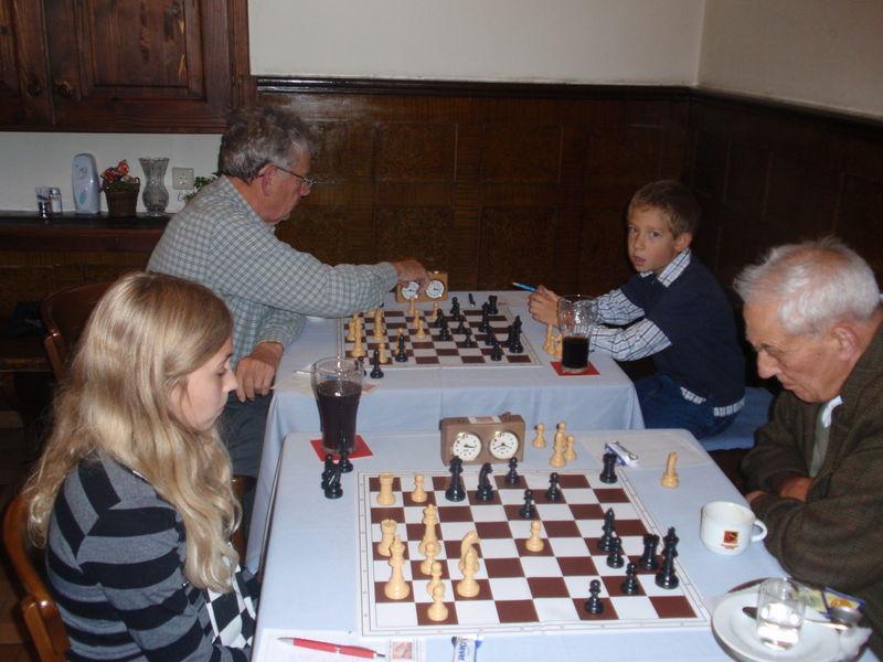 Schach abc salzburg - Herbergt s werelds spiegelt ...