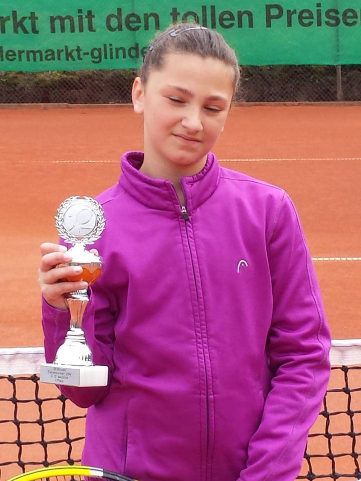 Katerina Pataki (9)