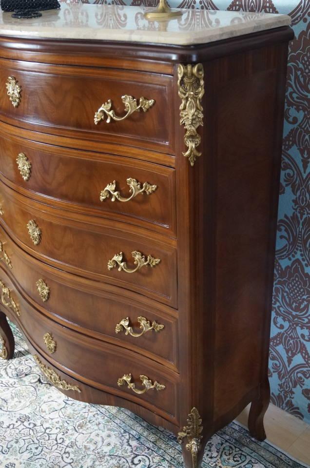 commode chiffonnier en bois massif marqueterie marbre bronze d 39 un ch teau ebay. Black Bedroom Furniture Sets. Home Design Ideas