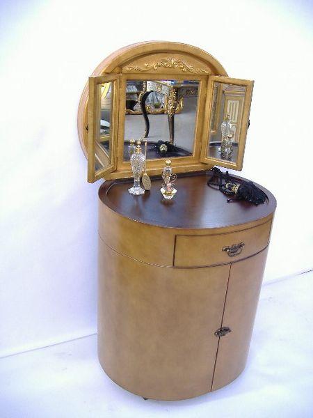 Magnifique coiffeuse tr s rafin e commode de miroir dor d for Coiffeuse 3 miroirs