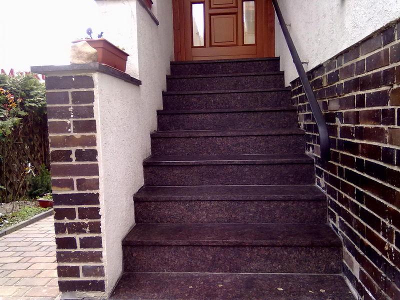 Treppe aus Tan brown