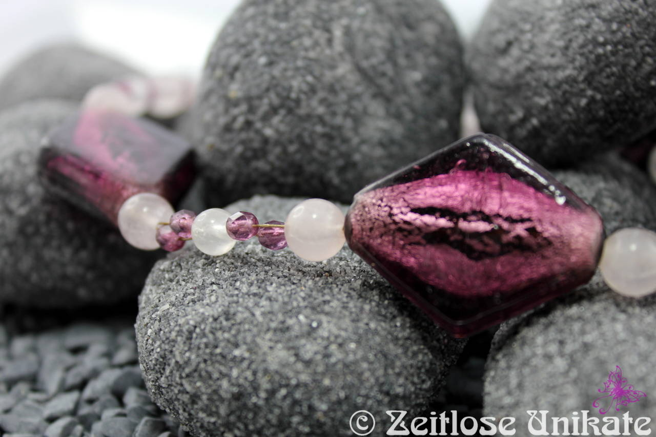Halskette rosa (Rosenquarzperlen) & amethyst (Silverfoil-Glasperlen)