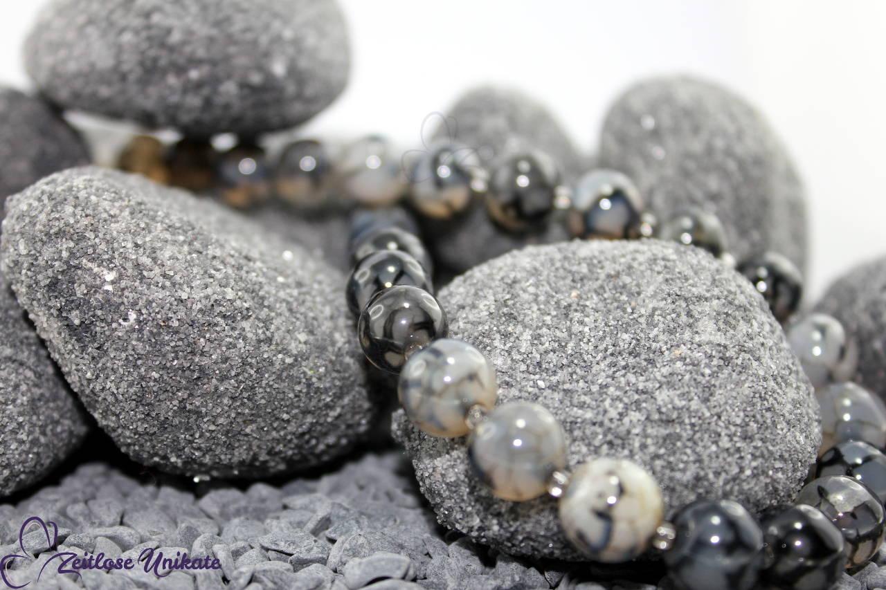 Spinnennetz Achat Perlenkette grau