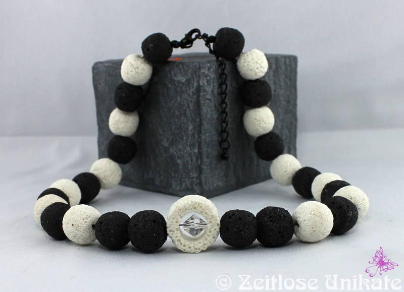 Halskette mit Lava Perlen