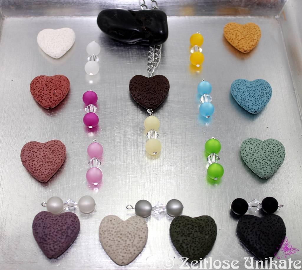 Perlenanhänger und Lava Herzen in vielen schönen Farben