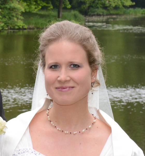 Brautschmuck mit Farbwunsch in amethyst