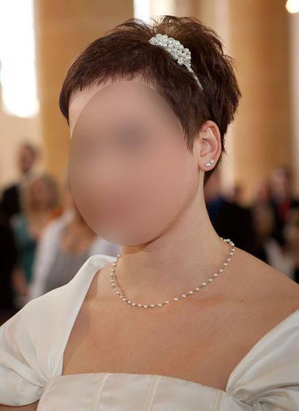 klassische Brautkette, Perlenkette, zart