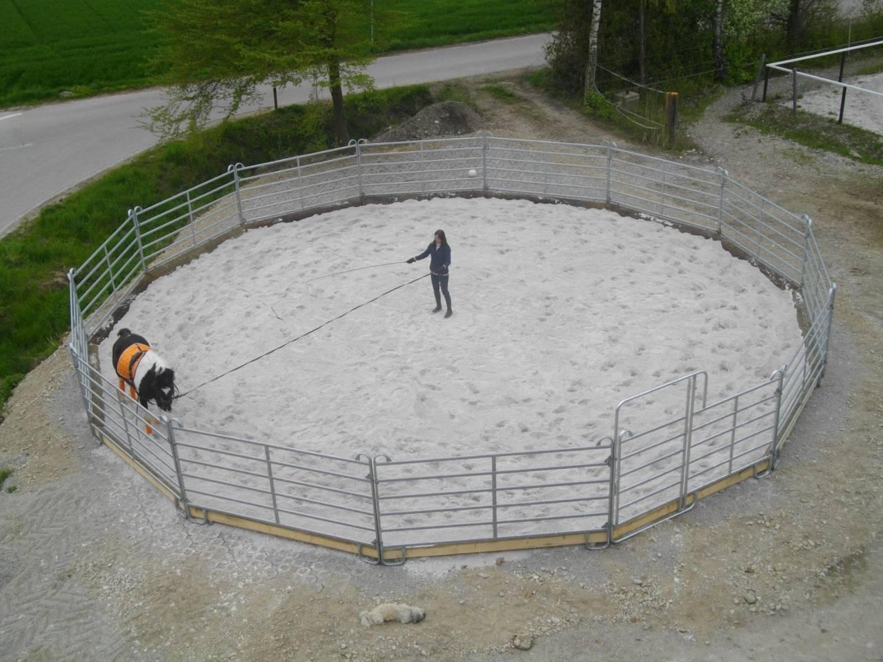 Roundpen Reiterhof Preintner (14m)