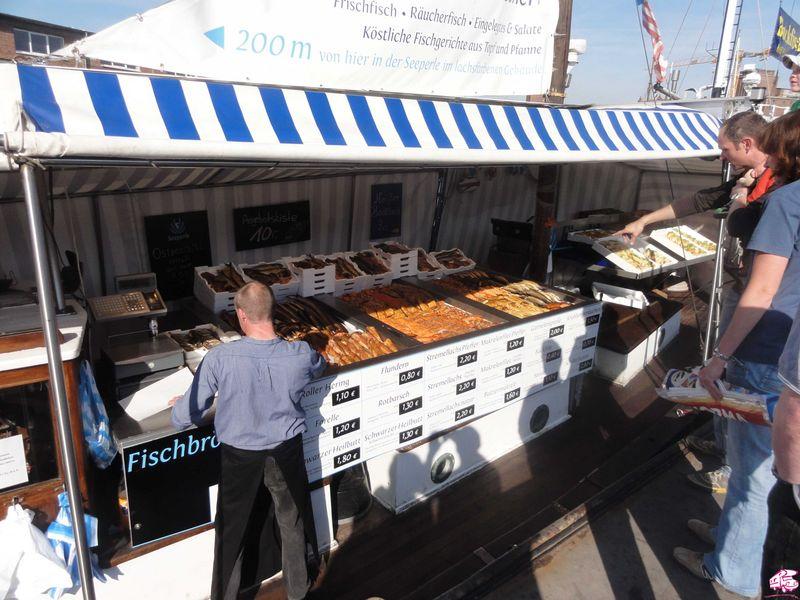Wismar Hafen Fischverkauf