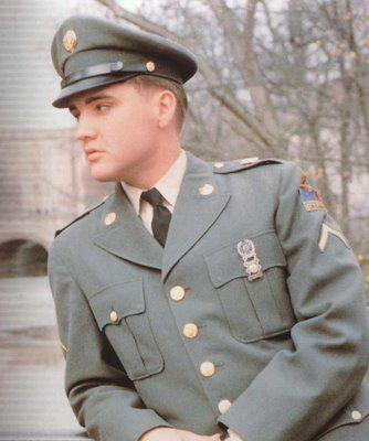 oktober 1958 soldat presley kommt in bremerhaven an und rckt in eine kaserne im hessischen friedberg ein