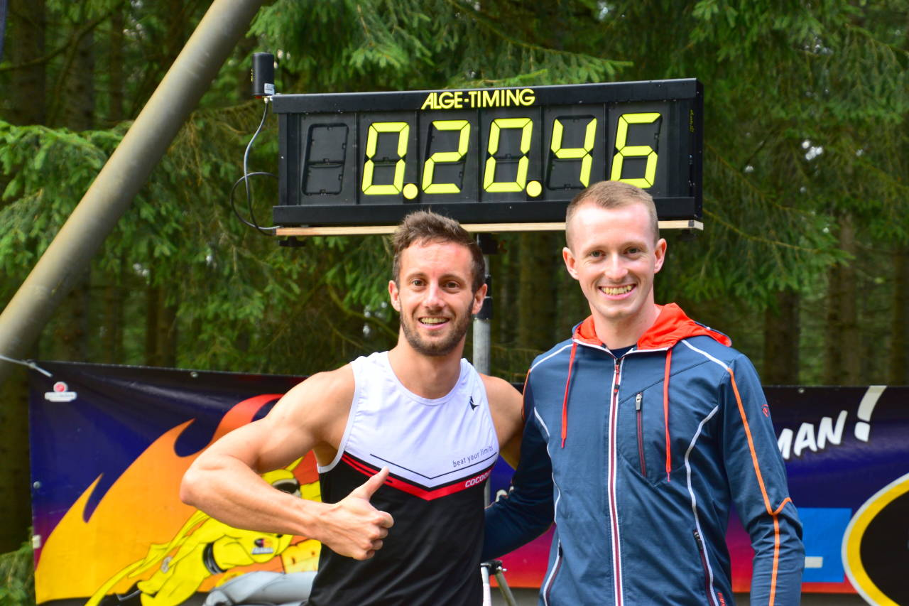 Vorjahrssieger Christof Großegger gratuliert Stefan Geier zum Sieg 2018 und Streckenrekord