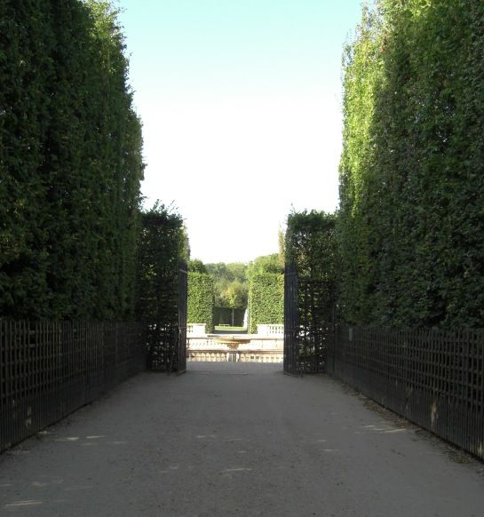 einer der beiden Eingänge zum Bosquet -- © 2009 by Janine Schreiber