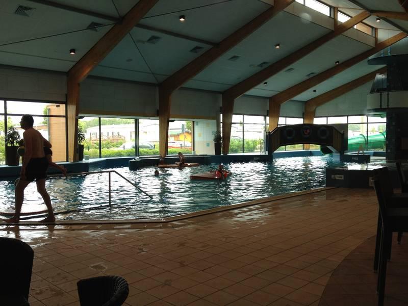 suptropisches Schwimmbad