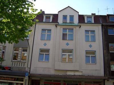 Schloßstraße 32