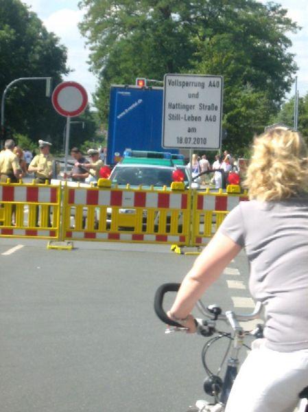 ca 3- 4 km vor der Auffahrt zur A 40 im Gelsenk- Süden
