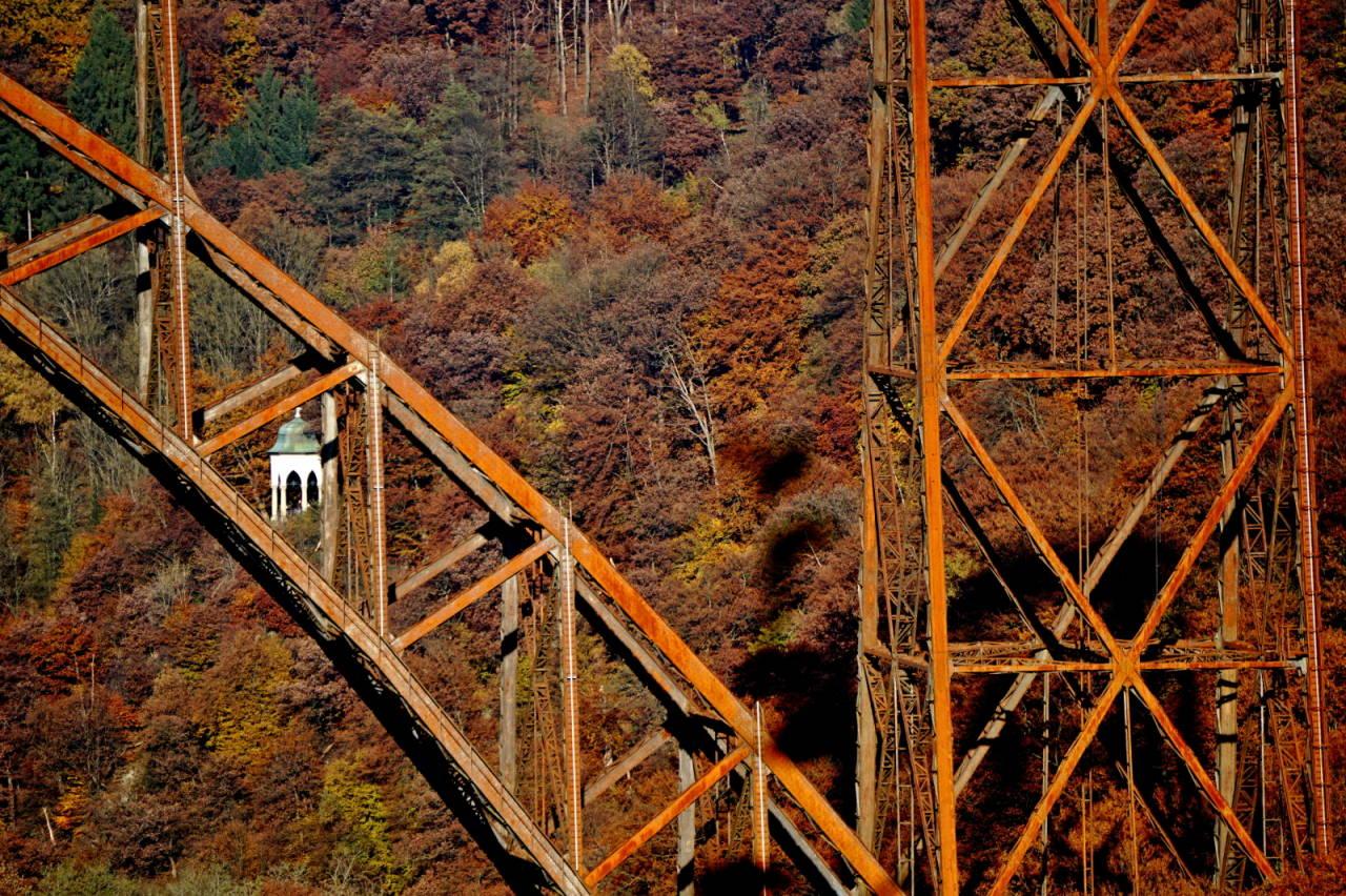 Solingen Müngstenerbrücke Diederichstempel Herbst Autumn