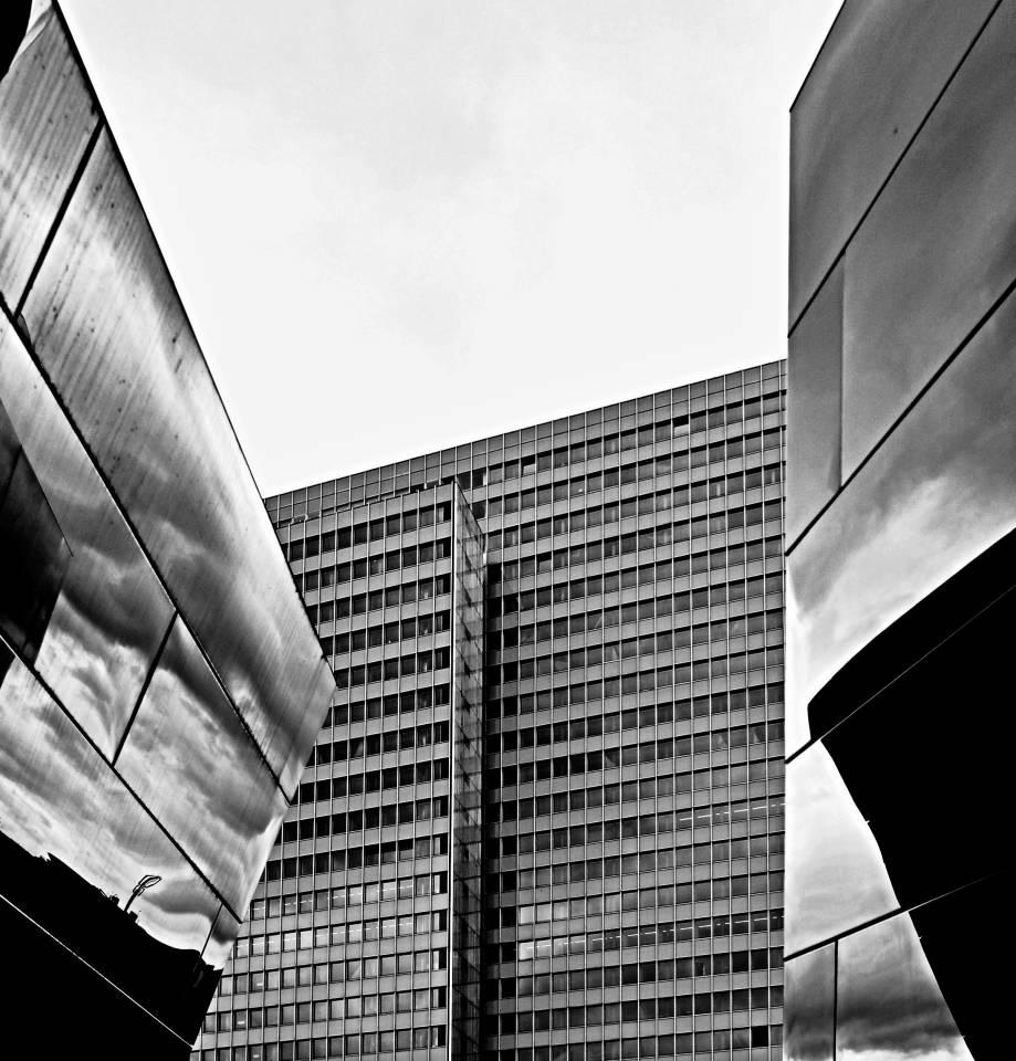 Kö Bogen Düsseldorf S/W