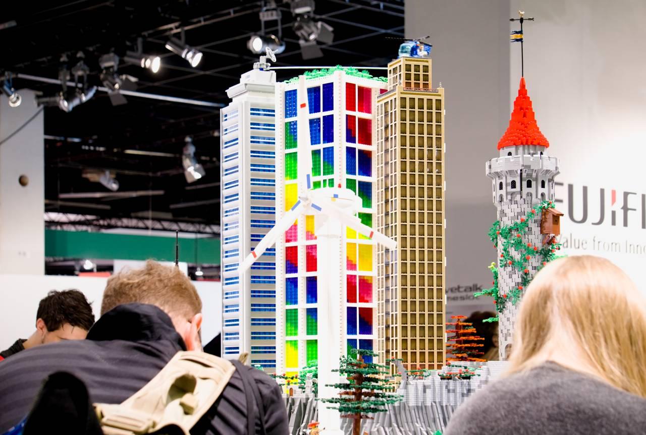 Fujifilm, Hochhaus, Lego, Art, Photokina, 2018