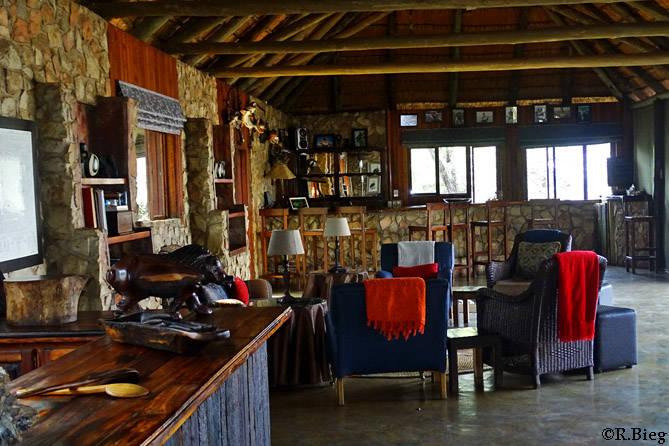Der Barbereich der Lodge