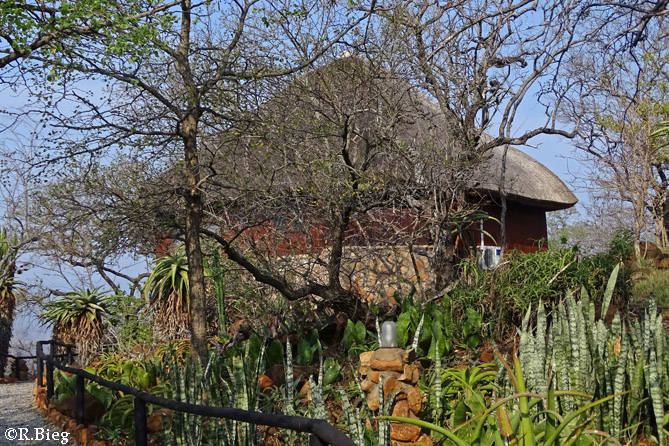 Die Chalets in der Shayamoya Tiger and Fishing Lodge