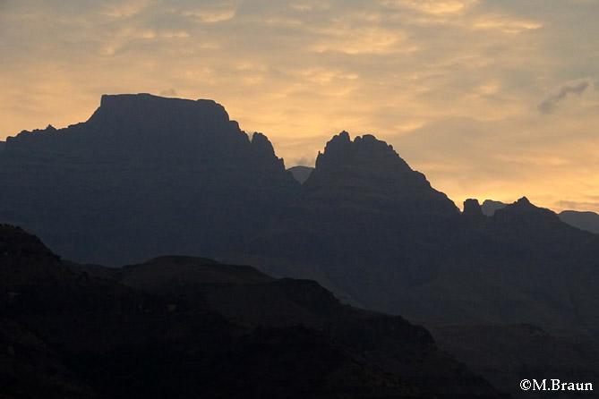 Abenstimmung in den Drakensbergen