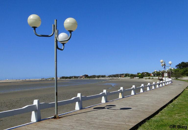 Die kleine Strandpromenade