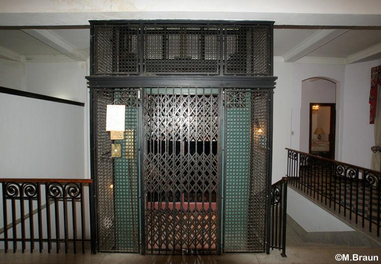 Grand Hotel - nicht nur der Aufzug ist antik hier