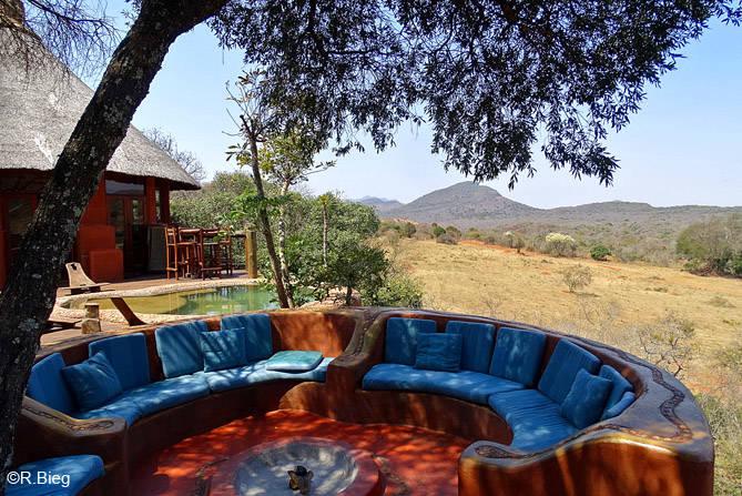 Die Terrasse, von der man einen schönen Ausblick hat